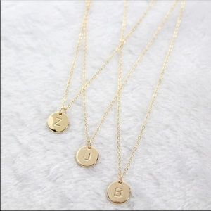 Jewelry - NEW DAINTY GOLD INITIAL PENDANT NECKLACE